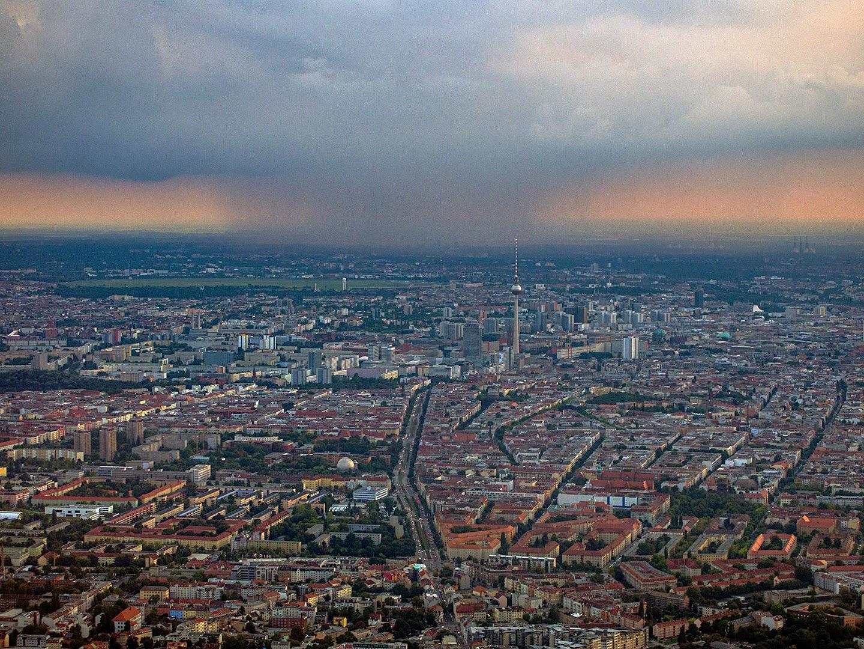 Berlin - Mitte, Prenzlauer Berg, Fernsehturm, Tempelhofer Feld