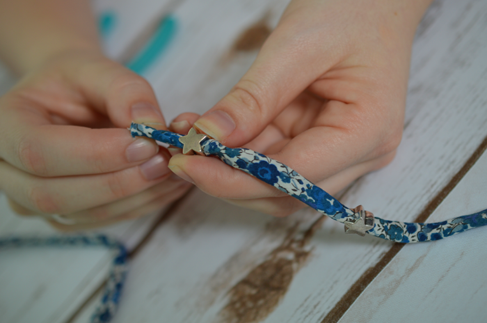CRAFT: LIBERTY PRINT FRIENDSHIP BRACELET