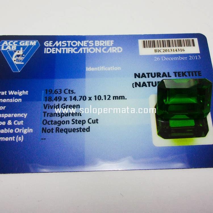 Batu Permata Green Tektite -Kode 9A02