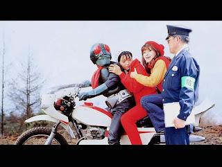 foto lucu / gambar lucu kamen rider