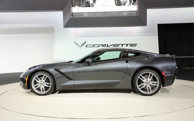 http://1.bp.blogspot.com/-ls-uIk0anC0/UeIWOjAADEI/AAAAAAAACEM/K5i4fUIAIvw/s1600/2014-Chevrolet-Corvette-Stingray+grey.jpg