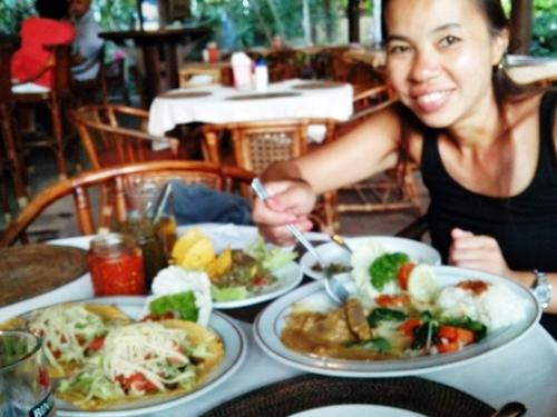 2015年 カリマンタン レストラン(Kalimantan Bar/Restaurant)で