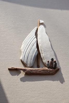 simple pebble rock art