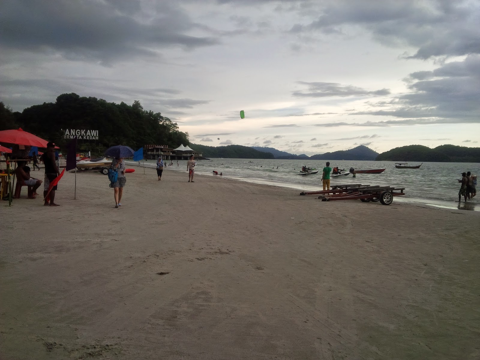 good area to stay in langkawi, best restaurants in langkawi, best hotels in langkawi, best hotels pantai cenang, best hotels in pantai tengah, best restaurants in pantai cenang, best restaurants in pantai tengah