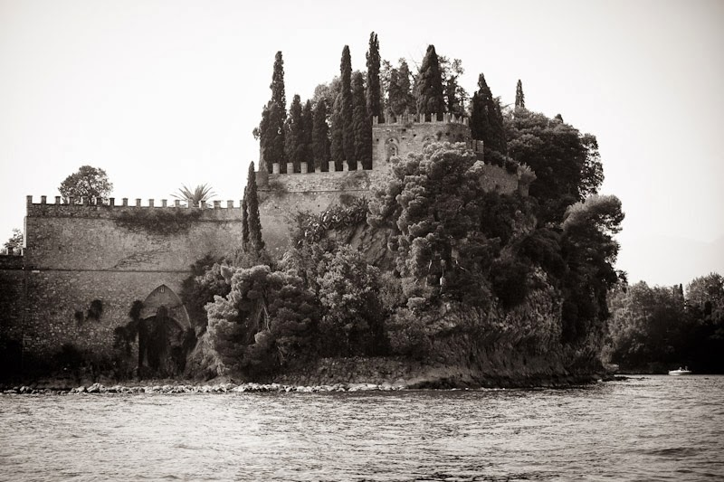 MALCESINE-ISOLA DEL GARDA WEDDING PHOTOGRAPHER