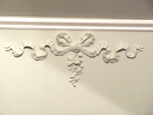 Diy shabby chic appliques architectural mouldings furniture