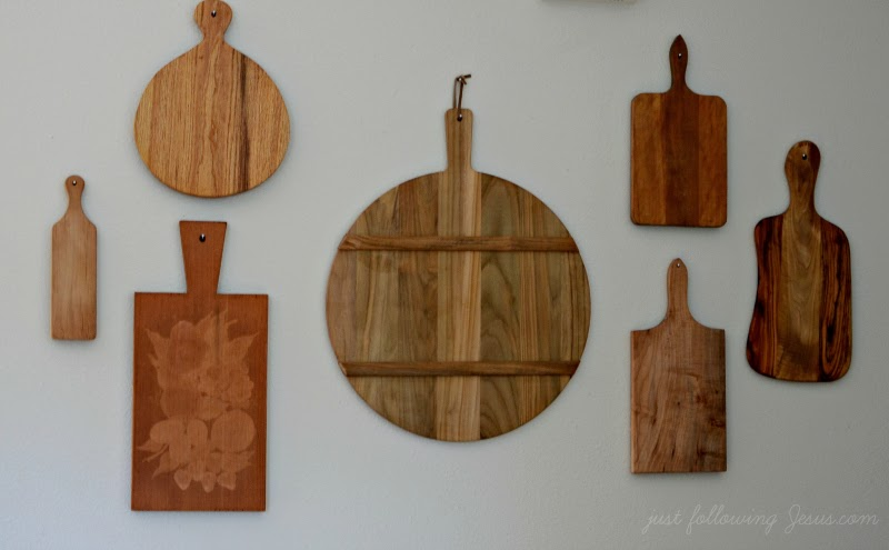 Just following Jesus in my real life...: Bread boards as decor...