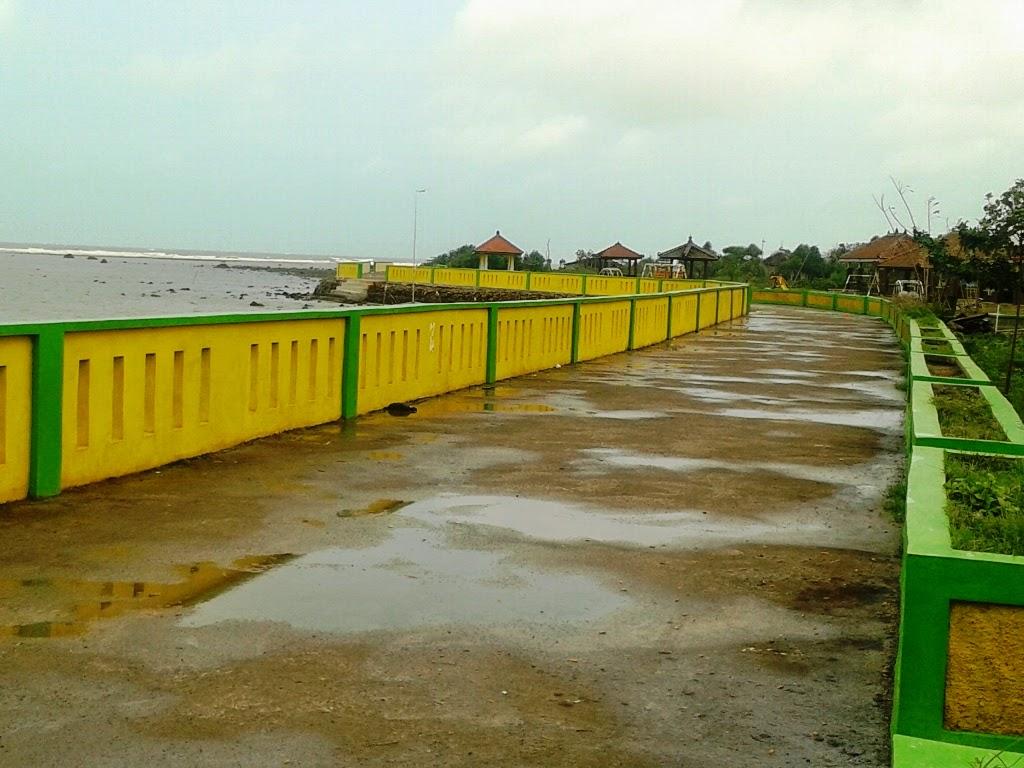 Jalanan untuk memandang pantai Pungkruk