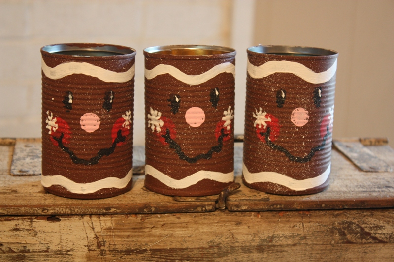 Christy tin can gingerbread gift cans for Tin cans for crafts