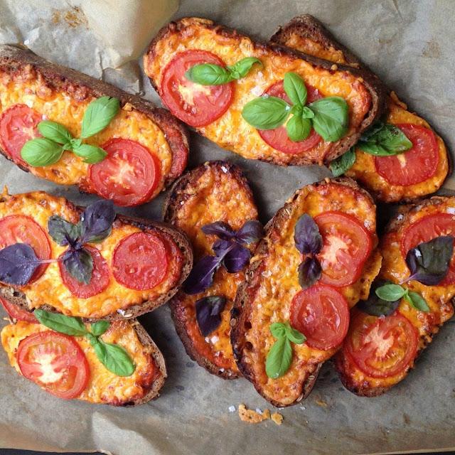Crostini med chili gouda - Mit livs kogebog