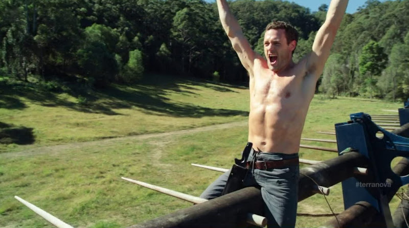 Jason O'Mara Shirtless in Terra Nova s1e01