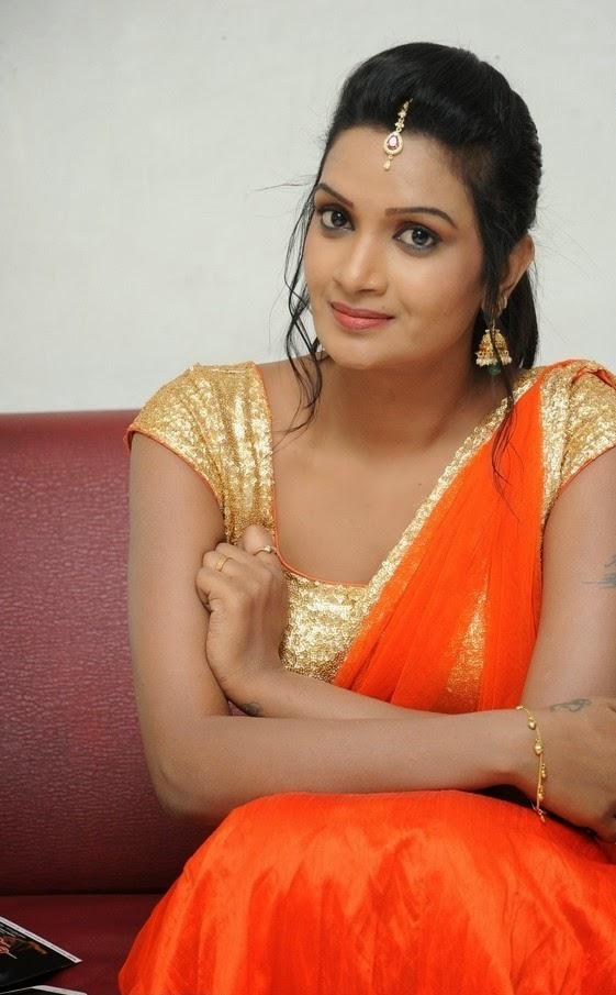 Srivani Reddy at Antha Akkade Jarigindi movie audio launch event