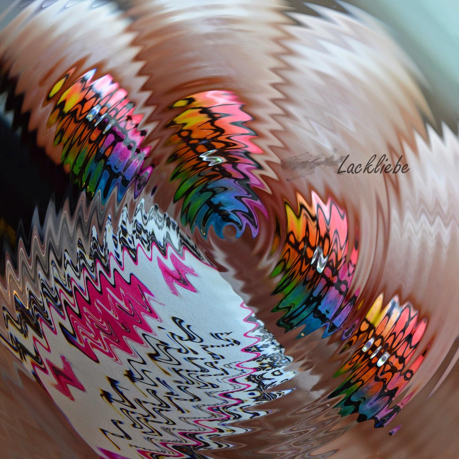 http://rainpow-nails.blogspot.com/2015/01/regenbogen-reloaded-hippie-birthday.html