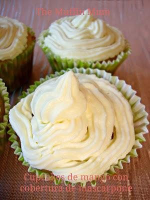 Cupcakes de mango con mascarpone