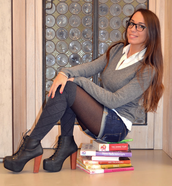 Fabulous Dressed Blogger Woman Namelessfashionblog