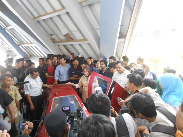 Mobil Hemat Energi Karya Mahasiswa Unhas Resmi Diluncurkan