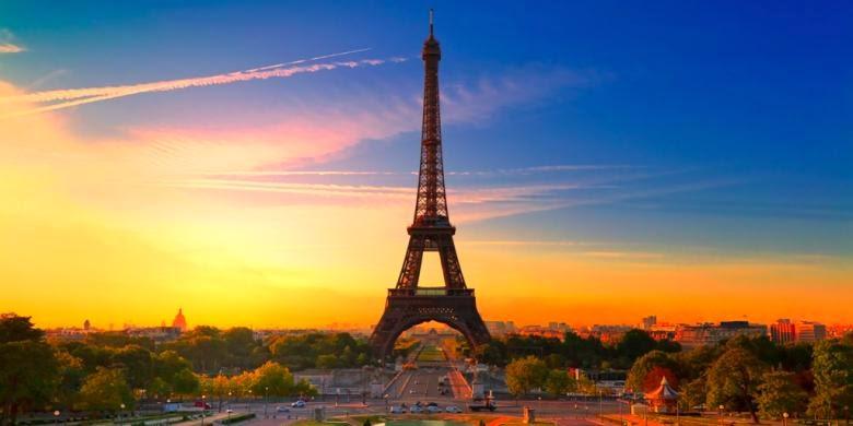 Jejak Post | Menara Eifel
