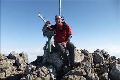 Aizkorri mendiaren gailurra 1.528 m. - 2012ko apirilaren 1ean