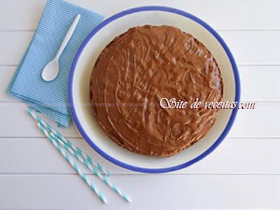 Cobertura para bolo de chocolate com biomassa