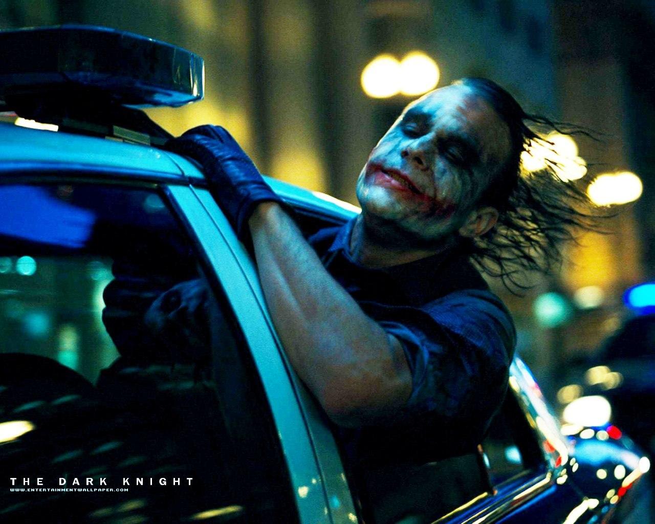 http://1.bp.blogspot.com/-lu-BWwvM8oo/Tj1SoGLtOHI/AAAAAAAAAZU/JPq6dvsd9jA/s1600/the_dark_knight21.jpg
