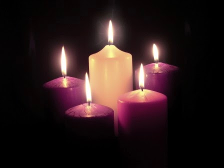 An Advent wreath is customarily a circle of greens sometimes with berries and blue or purple and pink ribbons with four candles around the circumference. : advent lighting - www.canuckmediamonitor.org