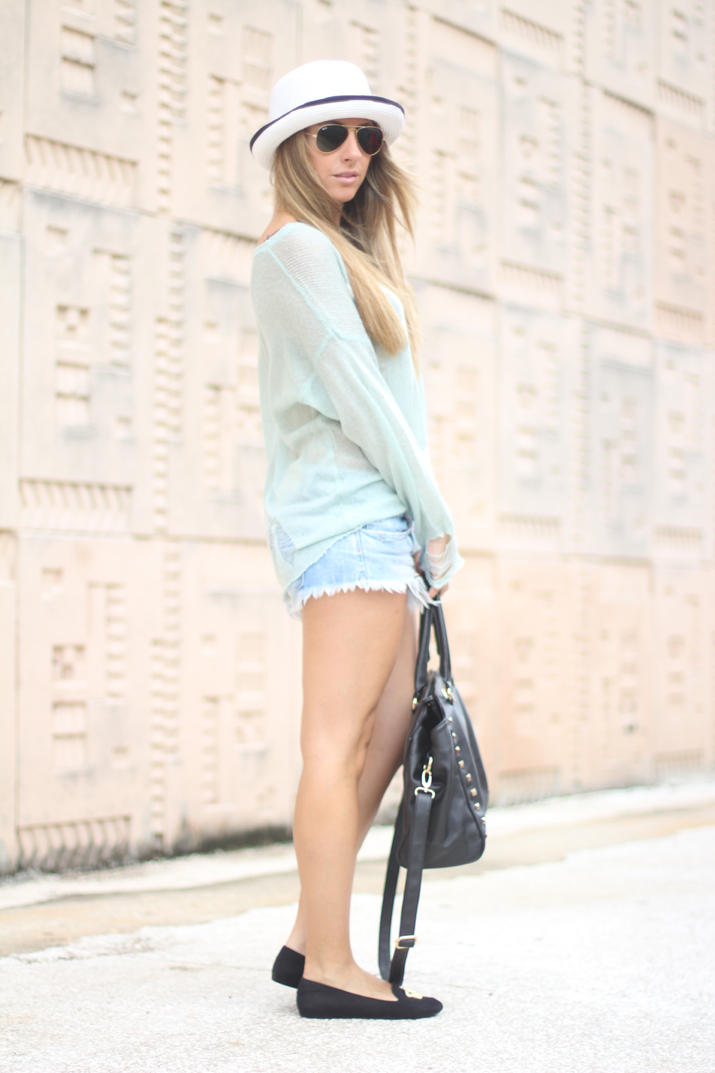 Mint outfit by blogger Mónica Sors