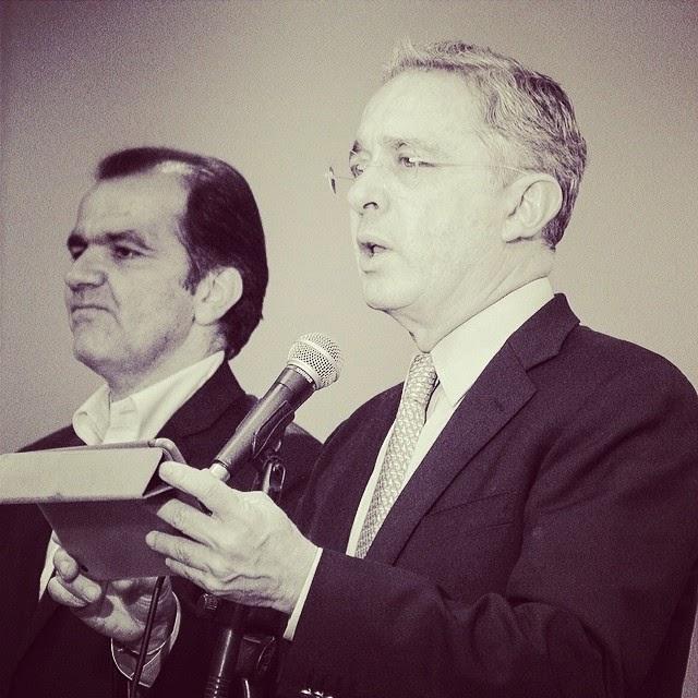Álvaro Uribe y Óscar Iván Zuluaga