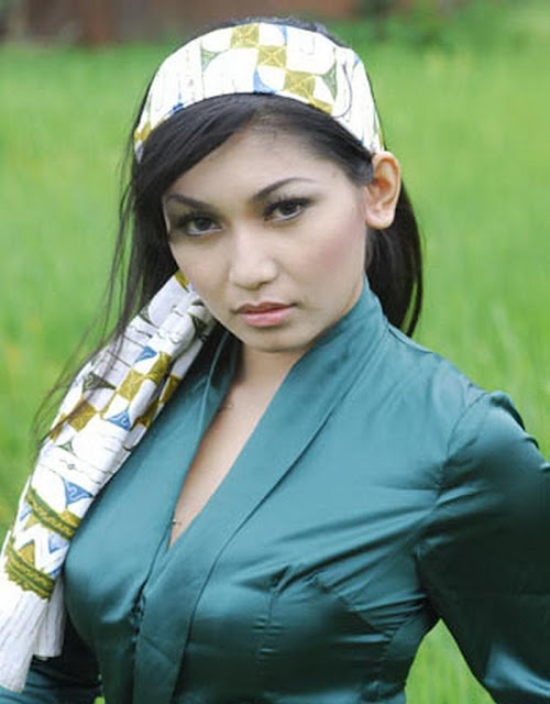 Indonesia Celeb Model Baby Margaretha