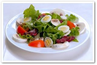 Яйца делают овощи более полезными