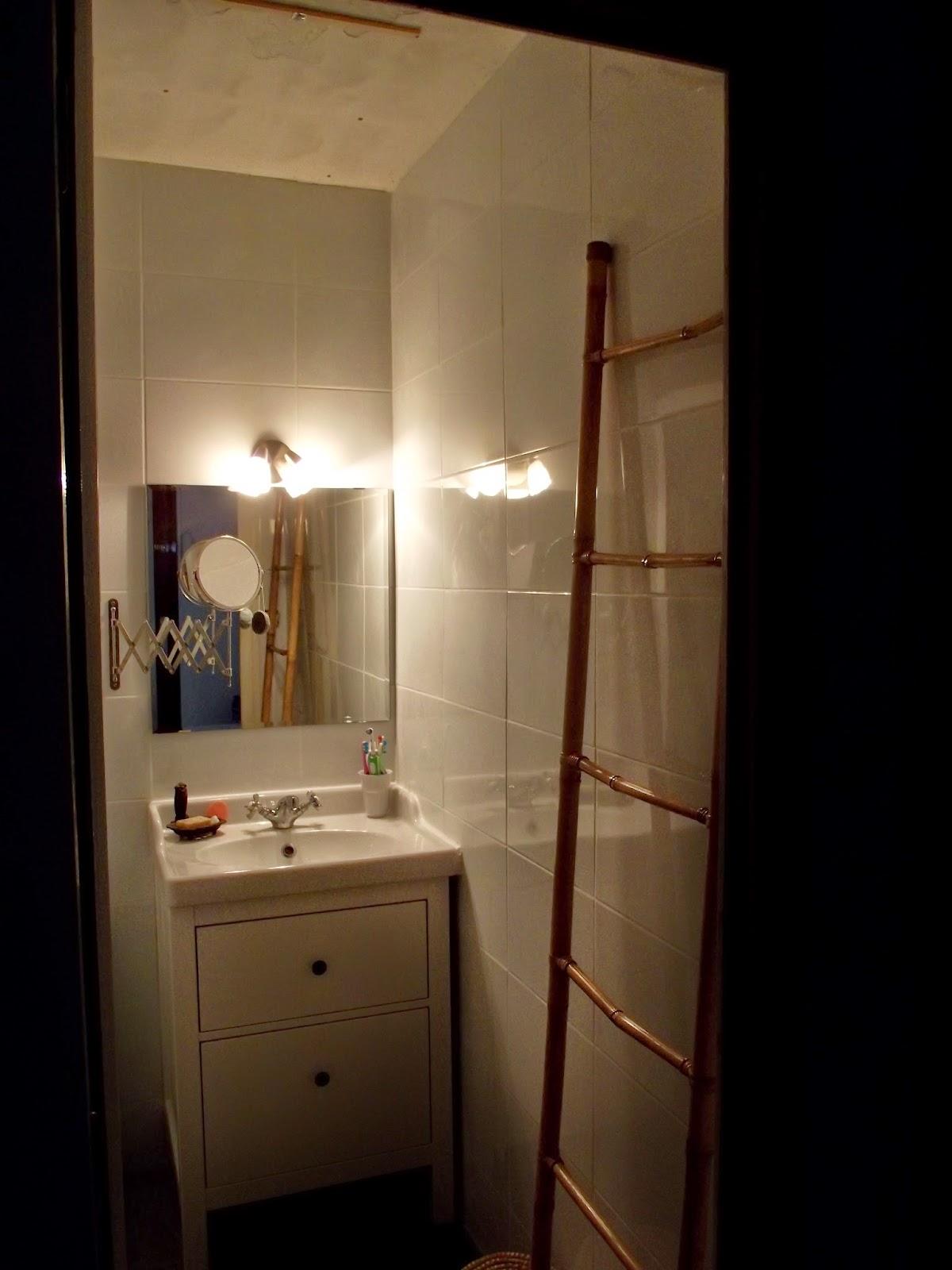 concept carrelage cr ation salle de bains toute blanche. Black Bedroom Furniture Sets. Home Design Ideas