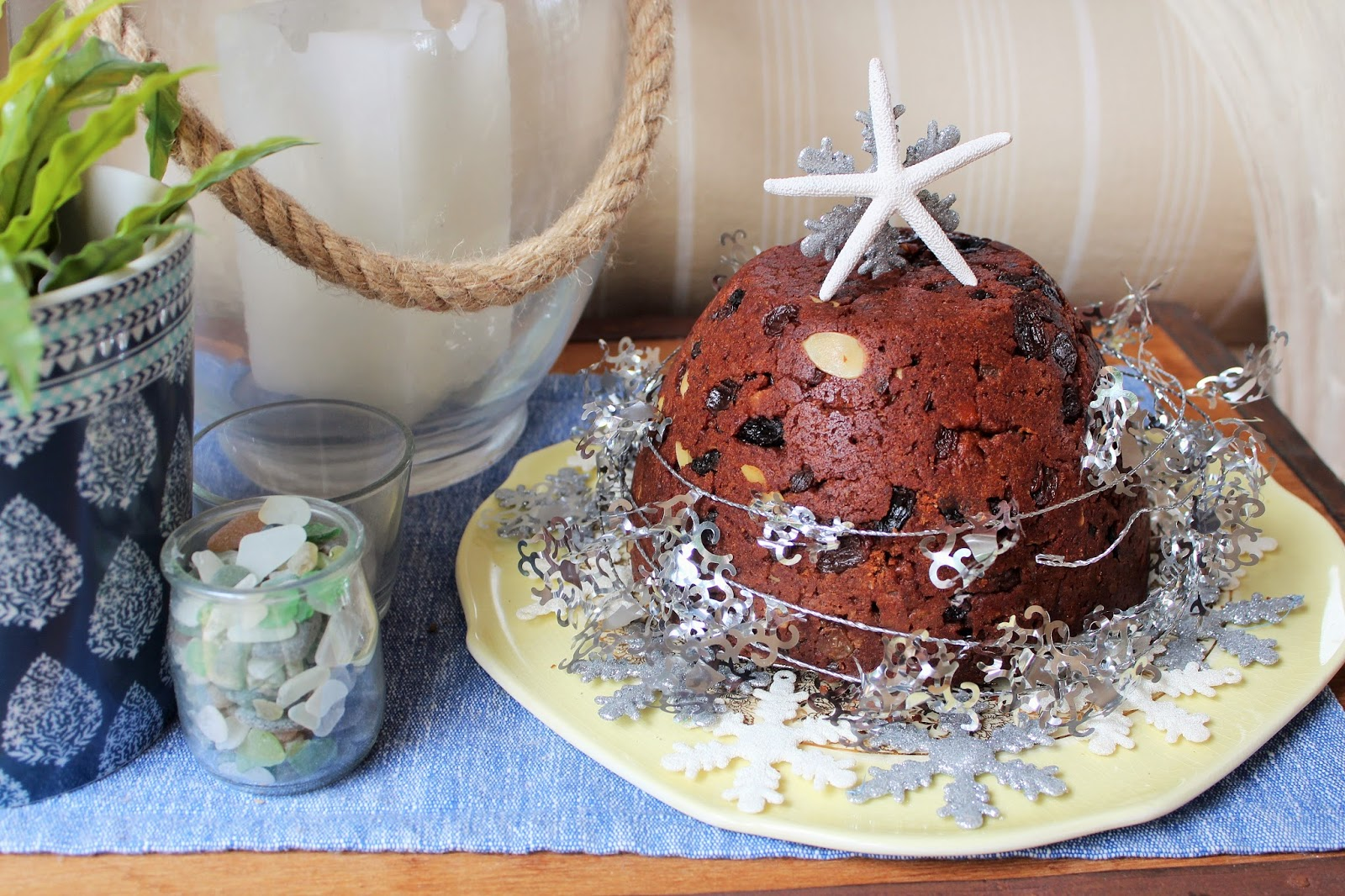 Easy chocolate christmas pudding desire empire for Easy xmas pudding