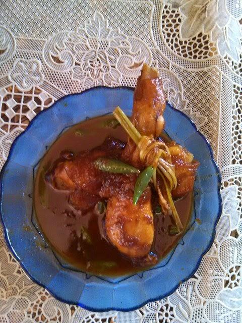 Semur Ayam Kecap Pedas