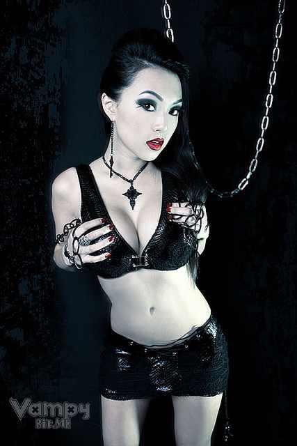 Vampy (Linda Le)