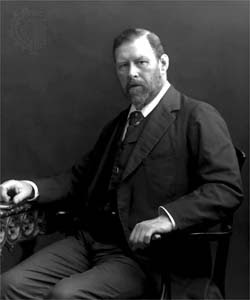 Bram Stoker: Totally looks like a Nudist lifestyler to me! ;)