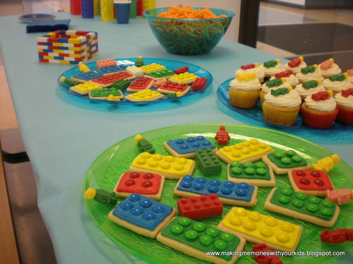 Simple table decorations for parties - A Lego Birthday Party Extravaganza Making Memories With