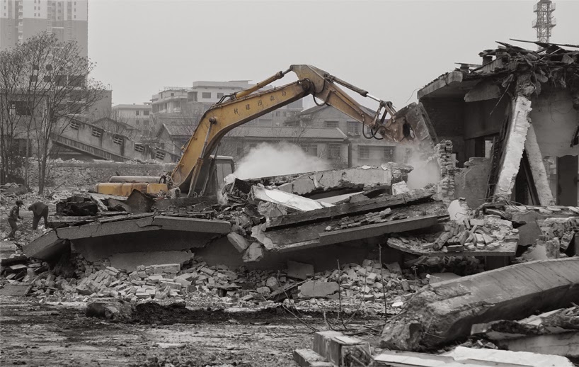 Lamparas con Desechos de Construccion