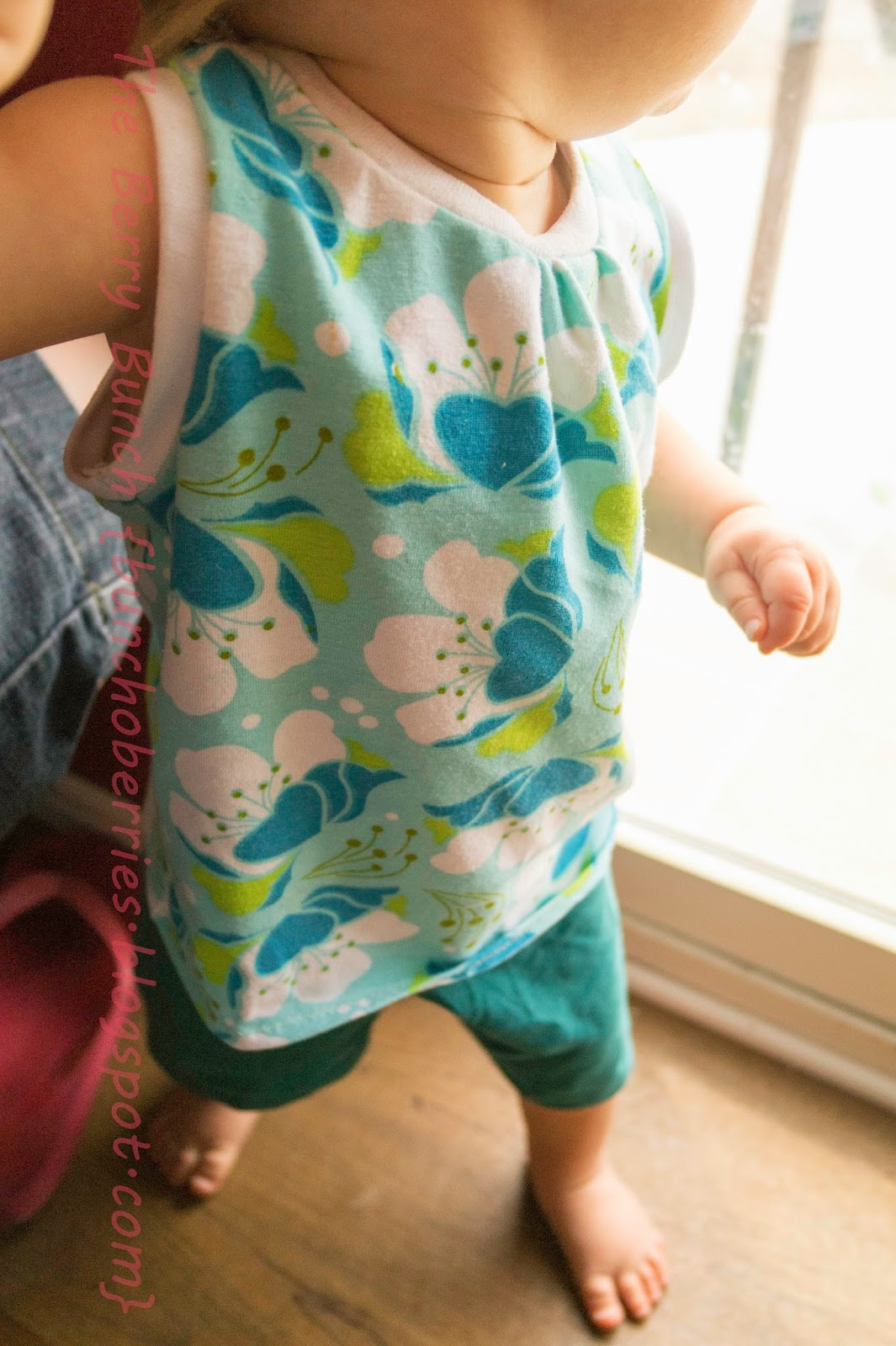 The Berry Bunch: Peek-A-Boo Pattern Shop: Outfits for the Kids {Memorial Sale}