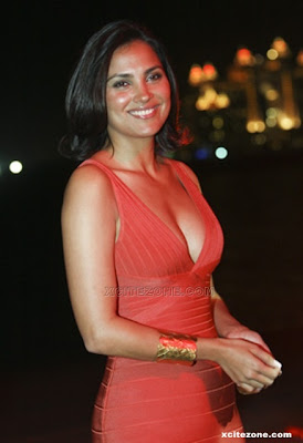 Lara Dutta Birthday Wallpapers Pics