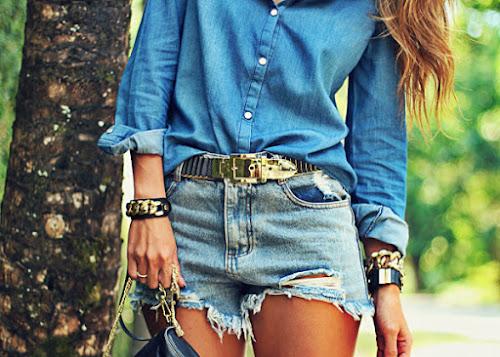Saiba como combinar jeans com jeans.