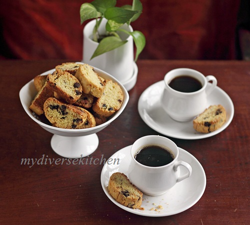 ... Vegetarian Kitchen In India : Spiced Saffron And Cardamom Biscotti