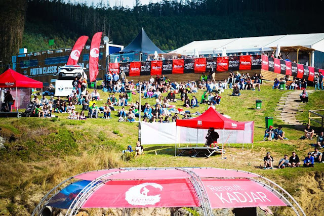 57 Crowd in contest site Pantin Classic Galicia Pro 2015 Foto WSL