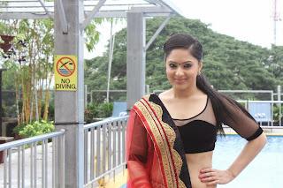 Actress Nikesha Patel  Pictures at Karaiyoram Movie Launch  4.jpg