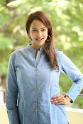 Lakshmi manchu new photo shoot-thumbnail-10