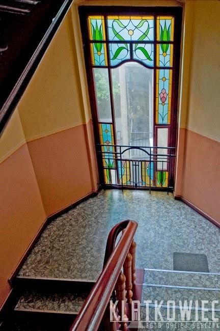 Poznań - witraż od stropu do podłogi
