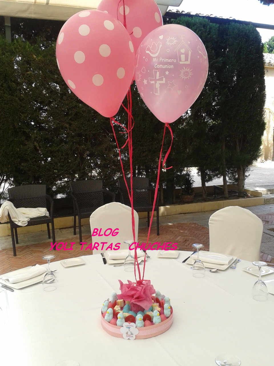 Yoli tartas chuches candy bar para jimena for Centros de mesa con chuches