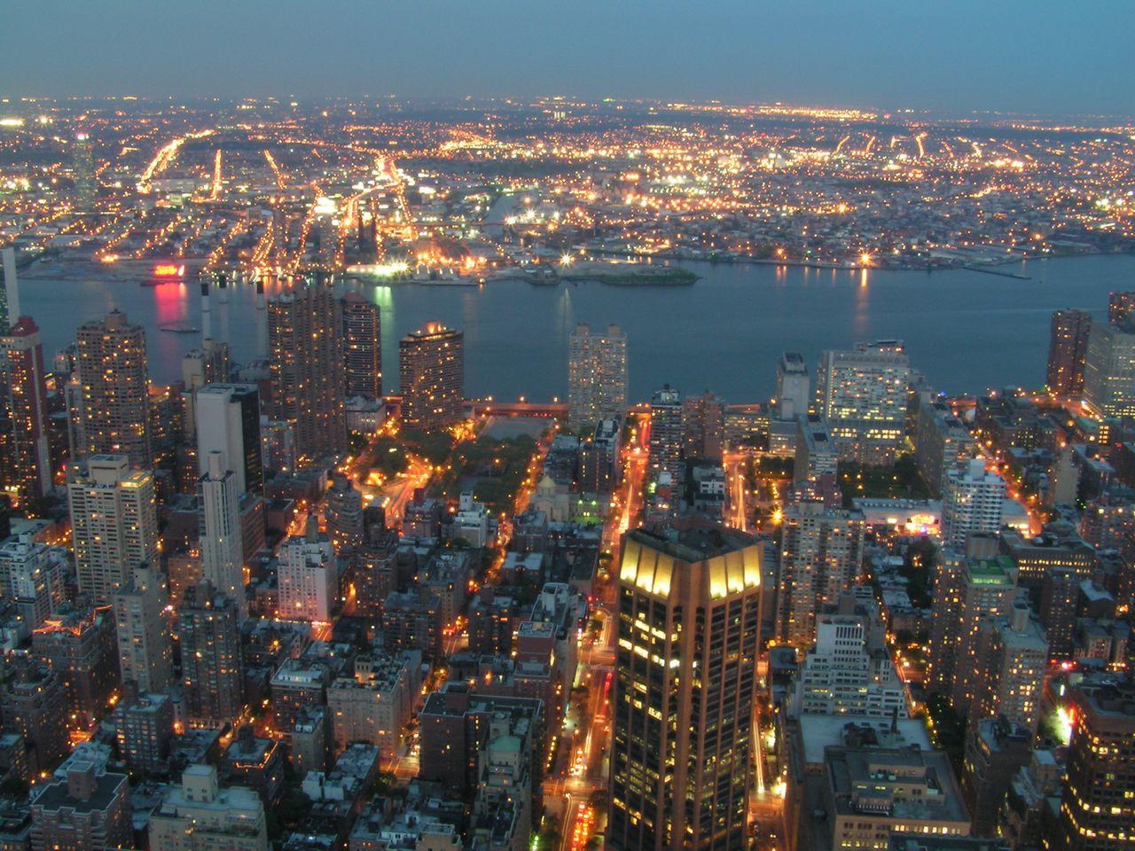 http://1.bp.blogspot.com/-lxGQzO2rN_g/TaI7bgt78TI/AAAAAAAAADY/FqF4MsrZ4AI/s1600/new_york_2.jpg