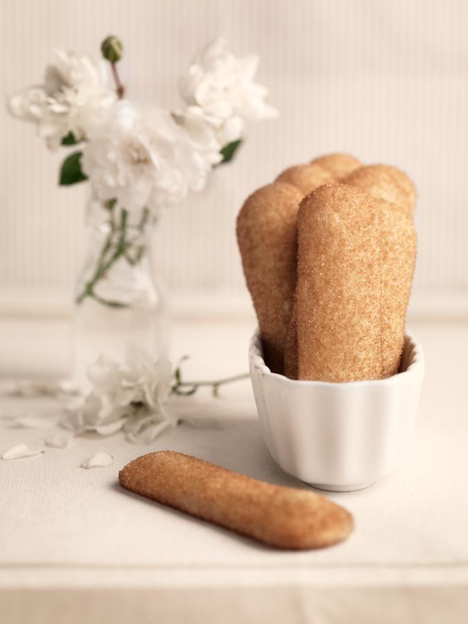 italian cookies biscotti novara