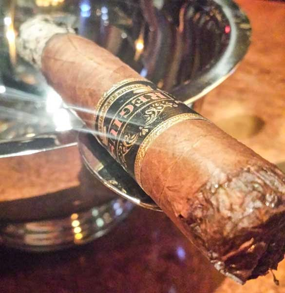 Regius Cigars Black Label Robusto