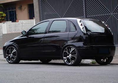 corsa hatch preto