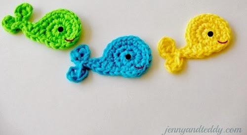 http://www.jennyandteddy.com/2013/02/whale-crochet-applique-free-pattern/